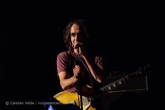 brad_paris_concert Stone Gossard