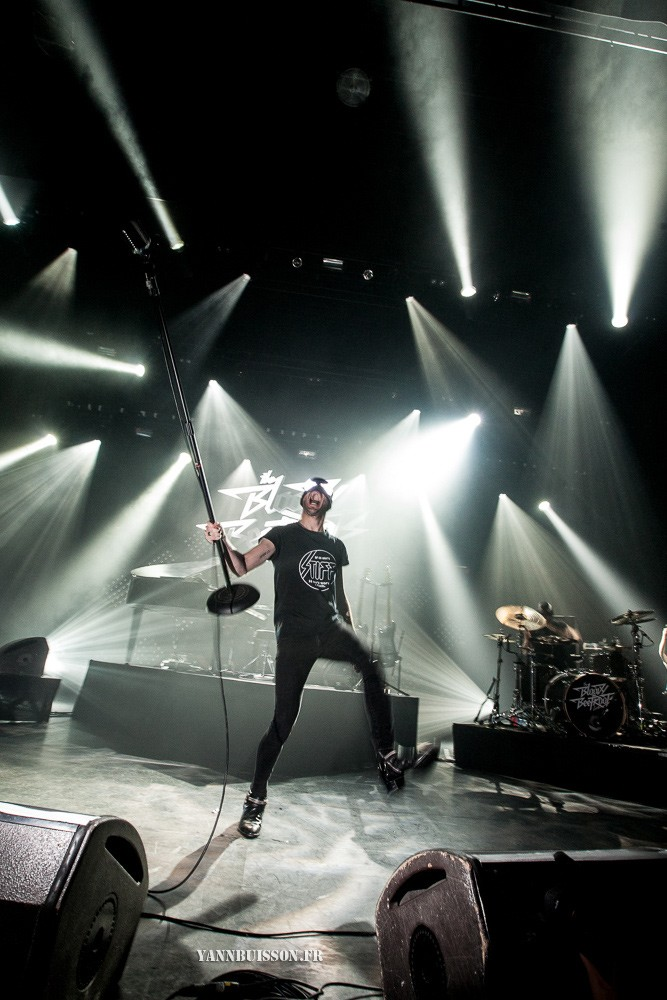 BLOODY BEETROOTS 02