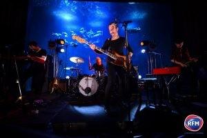 Calogero en concert ^rivé à l'Aquarium de Paris pour RFM