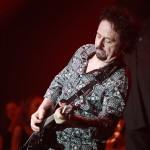 Rock meets Classic@ Paris Zenith 2012, Photo : Steve Lukather